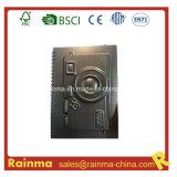 Cahier de papier noir de PVC avec la forme d'appareil-photo