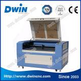 Heißer Verkauf Acryl-CO2 Laser-Ausschnitt-Gravieren maschinell hergestellt in China