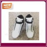 販売のための新しいスポーツの偶然の靴甲革