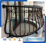 De decoratieve Gegoten Met een laag bedekte Omheining van het Balkon van het Aluminium/van het Smeedijzer met Macht