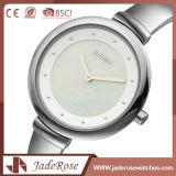 円形のダイヤルの形のステンレス鋼は水晶腕時計を結び付ける