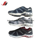 O esporte de funcionamento dos homens respiráveis calç sapatas do lazer