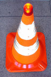交通安全(CC-AB50)のための引き込み式の折りたたみ反射トラフィックの円錐形