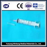 의학 처분할 수 있는 주사통은, 바늘 (50ml)와 더불어, Ce&ISO와 더불어 Luer 미끄러짐, 승인했다