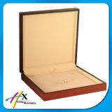 Caja de embalaje de la insignia de la joyería de madera gruesa de madera natural de encargo hecha a mano de lujo del MDF