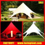 販売のための屋外広告の表示星のおおいのテント