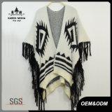 Suéter especial del poncho de la piel de la franja del diseño de las mujeres