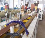 Cadena de producción compuesta plástica de madera del perfil máquina de la protuberancia del perfil del Decking de WPC