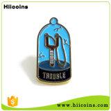 Значок Pin отворотом металла шаржа изготовления промотирования изготовленный на заказ