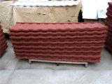 Matériau de construction ondulé enduit de feuille de toiture en métal de pierre rouge