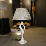 Weiße Harz-Nachttisch-Lampe für Hotel-Projekt