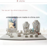 Visualización de lino de lujo para los conjuntos de la joyería