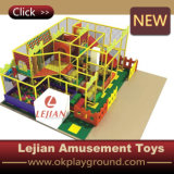 Малыши разделяют на зоны крытое мягкое оборудование спортивной площадки (T1506-7)
