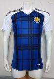2016-2017 uniforme casero del fútbol de Escocia de la estación