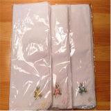 安く白い綿の刺繍のポケット正方形