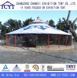 A família ao ar livre luxuosa relaxa a barraca Mongolian de acampamento de Yurt do partido