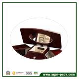 Caixa de jóias clássica de madeira clássica com estrutura fantástica