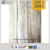 Vinyle en bois en plastique de PVC parquetant l'intérieur en vente
