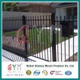 Сваренная загородка пикетчика обеспеченностью загородки утюга загородки пикетчика