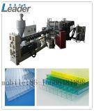 Professionellerespolycarbonat-Höhlung-Blatt Lexan Blatt, das Maschine herstellt