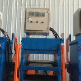 El caucho calza la prensa hidráulica de la máquina