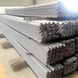 Stock에 있는 Q235 Galvanized Steel Angle Bar