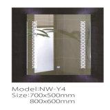 Espejo elegante encendido Fogless del cuarto de baño LED del fabricante de China