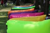 屋外のための新しく膨脹可能なソファー袋