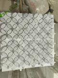 Azulejo de mosaico de piedra de mármol blanco de Bianco Carrara Backsplash del Arabesque del jet de agua del modelo de flor