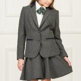 Venta al por mayor de moda de la escuela de las niñas uniforme Blazer y plisado de la falda