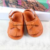 Chaussures de bébé en cuir de Velcro 01