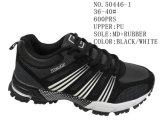 第50446 2つのカラーPUの女性のスポーツの在庫の靴
