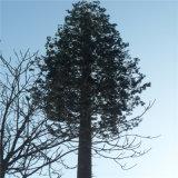 Monopineの松の木のアンテナによってごまかされるMonopole鋼鉄タワー