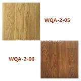 Plancher en bois de PVC de prix concurrentiel d'usine de stratifié ignifuge imperméable à l'eau de vinyle