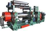 Deux Rolls ouvrent le moulin de mélange en caoutchouc, malaxeur en caoutchouc