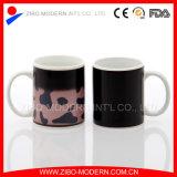 Color al por mayor que cambia la taza de café mágica 11oz de cerámica