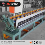 Dxは機械を形作る鋼板の戸枠ロールに電流を通した