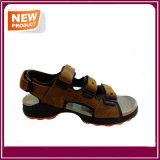 Pattini esterni dell'acqua dei sandali di sport degli uomini