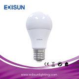 Lampadina chiara calda E27 di vendita LED A60 7W LED