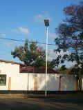5 ans de la garantie 70W-80W-90W-100W DEL de réverbère actionné solaire Integrated extérieur avec le détecteur de mouvement de PIR