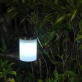 Luces colgantes accionadas solares impermeables coloridas del jardín
