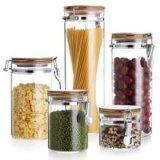 Cristalleria di vetro di immagazzinamento in il vaso e l'alimento del miele