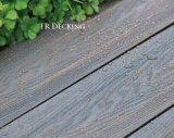 Decking plástico de madeira do composto WPC da co-extrusão da alta qualidade