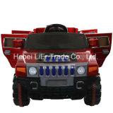 Conduite de bébé de Hummer sur des jouets de porte d'ouverture de véhicule