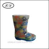 Ботинки способа дождя для малышей