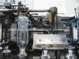 自動ペットびんの回転式ブロー形成装置