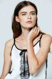 2017 одевая оптовых продаж одеяния планки спагеттиа кофточки сатинировки шнурка женщины цены по прейскуранту завода-изготовителя американских