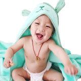 Emboideredの卸し売り有機性綿のテリーのフード付きの赤ん坊タオル