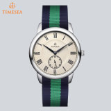 China Fabricante Custom & OEM Fashion Watch Ladies Quartz Relógio de pulso com Alternative Strap71002