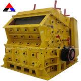 Broyeur à percussion mobile de vente chaud pour l'équipement minier (PFseries)